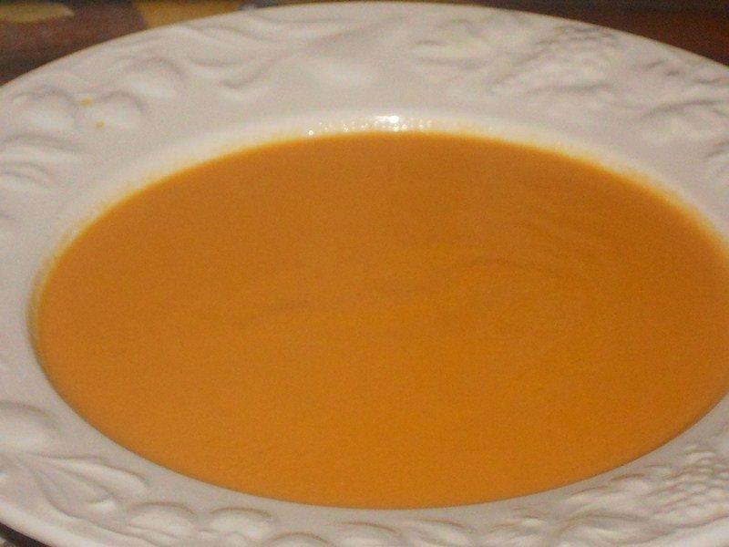 Crème de carottes au lait de coco dans veloutes,soupes (3) DSCN9250-Copier
