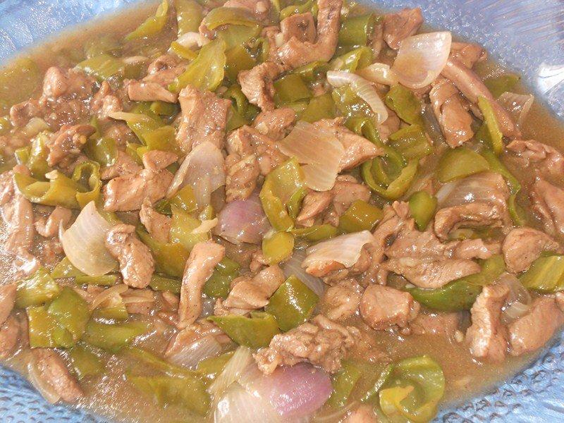Sauté de dinde aux gros piments et poivron dans viandes,abats (46) DSCN0030-Copier